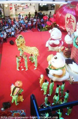 1 Utama 2   Tour KL and Selangor for CNY feel