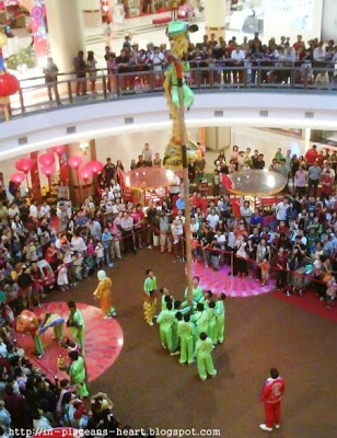 1 Utama 3   Tour KL and Selangor for CNY feel