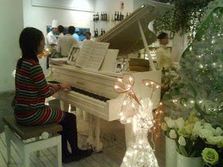 Christmas Dinner @ Gardens Cafe, 1 Utama 17
