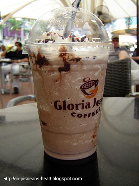 Gloria Jeans Mint Chocolate Bomb | Review: Gloria Jean's Coffees @ Bukit Bintang, Kuala Lumpur