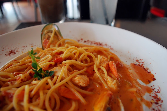 Friendscino - Piccolo sized Seafood Marinara (RM 16.00)