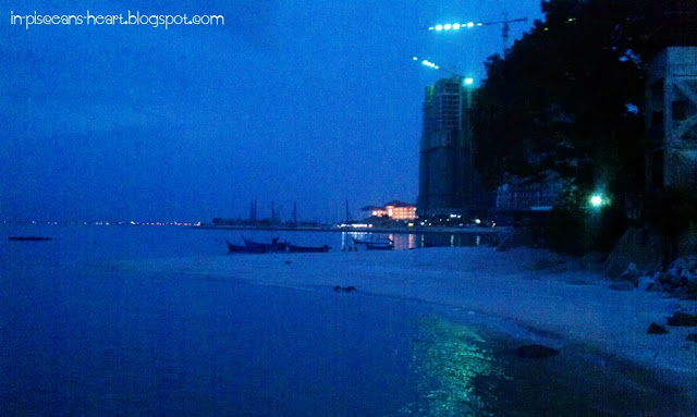 Sea Pearl Lagoon Cafe - Sea view~~~ Cool and refreshing breeze.... Ahhhhhh~~