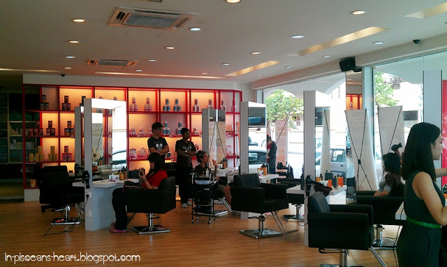Biolyn salon is spacious enough to accommodate many clients