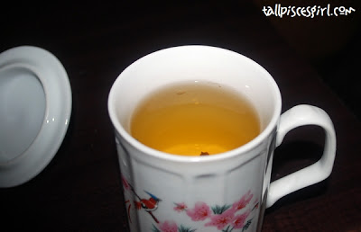 Specially brewed tea with red date, goji berries and ginseng to eliminate toxin