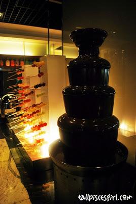 Cinnamon Coffee House - Chocolate Fondue!