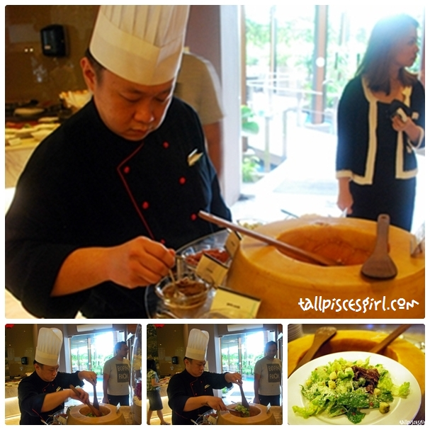 Cinnamon Coffee House - The chef will prepare salad for you :)