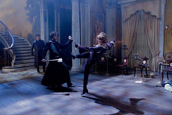 Movie: Abraham Lincoln: Vampire Hunter (2012) 2
