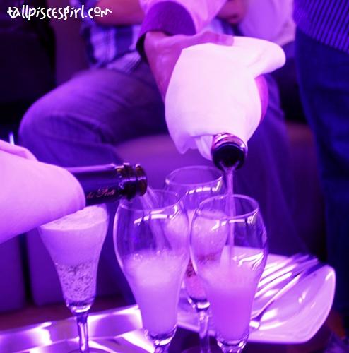 Pour those sparkling wines! Pour!