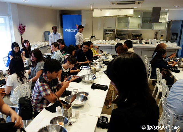 All the bloggers and members of the media waiting for the workshop to start