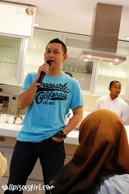 Chief Marketing Officer of Celcom: En. Zalman Aefendy Zainal Abidin