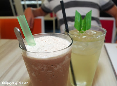 Mocha Ice Blended (RM 7.00) and Pandan Leave Juice (RM 5.50)