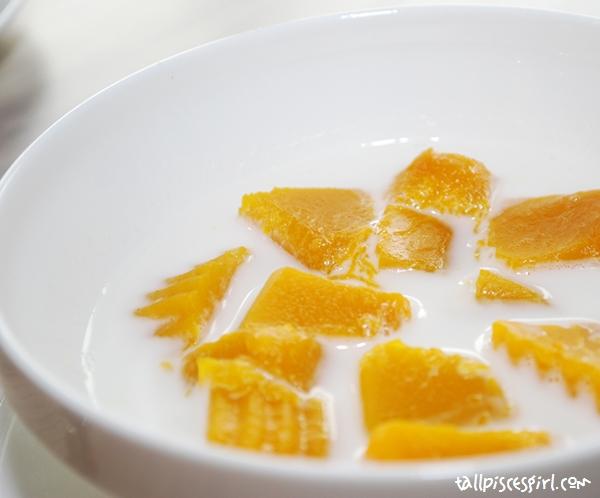 Sweet Pumpkin in Coconut Milk (RM 7.00)