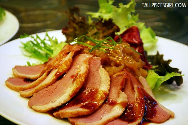 烟鸭伴海蜇 Smoked Duck with Jelly Fish