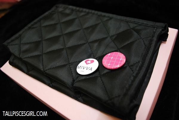 MIVVA Beauty Box: Cosmetic pouch