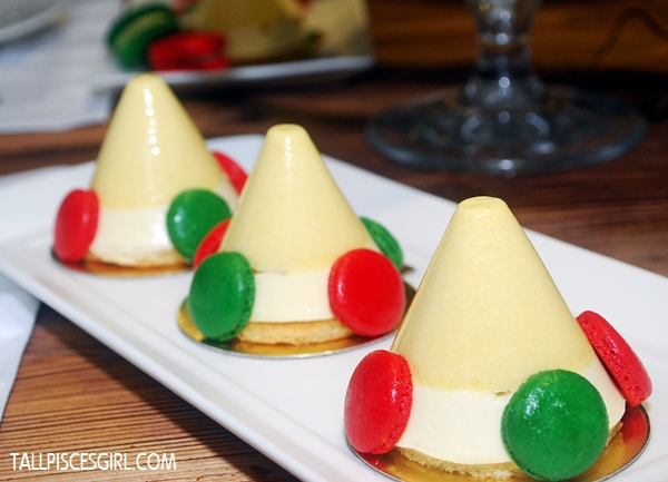 Passion Fruit Pyramids with Mascarpone