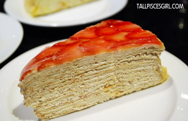 Strawberry Mille Crepe Price: RM 9