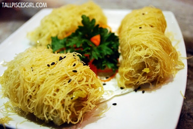 Deep Fried Avocado Roll with Crispy Silk Wrap Price: RM 7.80