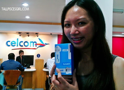 I've got my FREE Celcom PortaWiFi device! 2