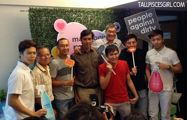 The vain guys who wanted a group photo haha!