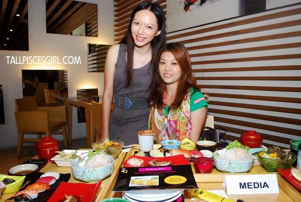 Beautiful blogger, Kelly Chin and I