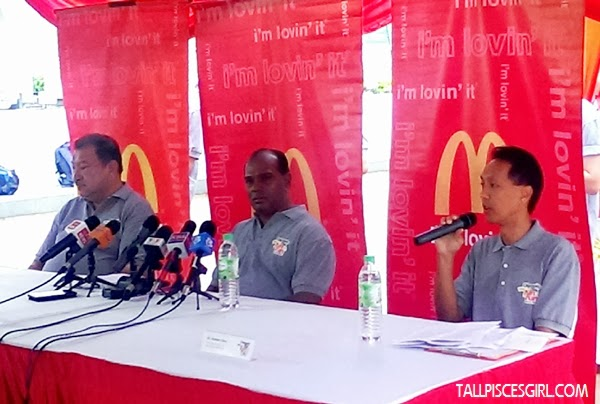 (L-R) President of the Olympic Council of Malaysia, YAM Tunku Tan Sri Imran Tuanku Ja'afar, Deputy Minister of Youth and Sports, YB Datuk M. Saravanan and  the Managing Director of McDonald's Malaysia, Mr. Stephen Chew at the media briefing