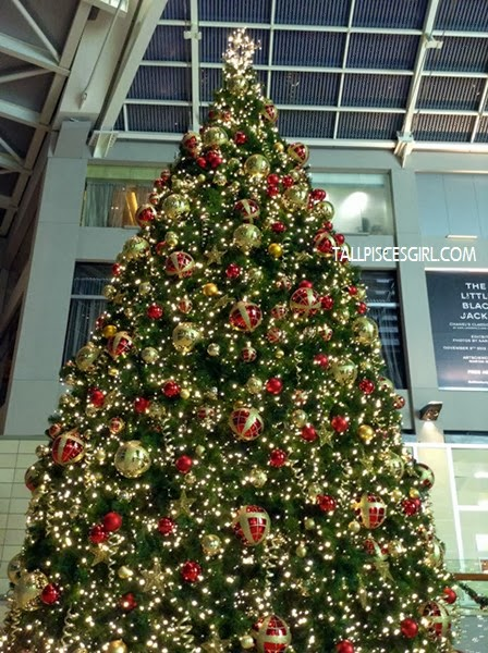 Christmas tree @ The Shoppes at Marina Bay Sands