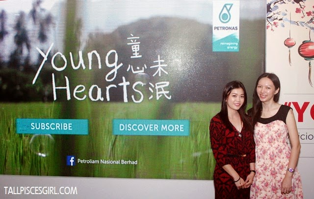 With fellow blogger, Kelly Chin. We both have young hearts!