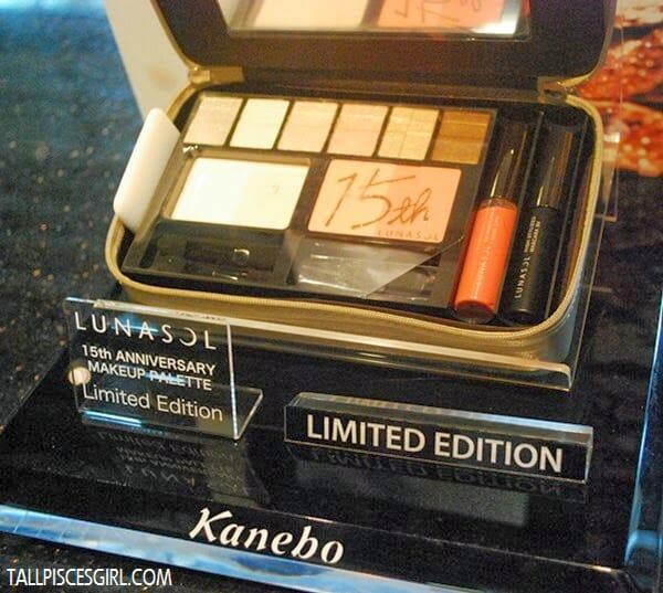 Kanebo Lunasol 15th Anniversary Makeup Palette