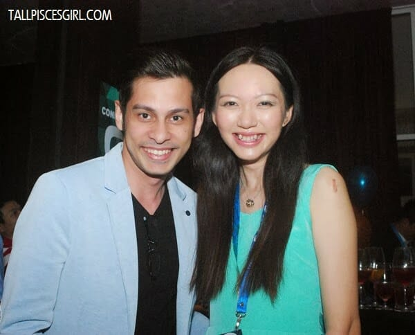 This is what I call grinning from ear to ear! With Donovan Chan, the guy behind Manoah =)