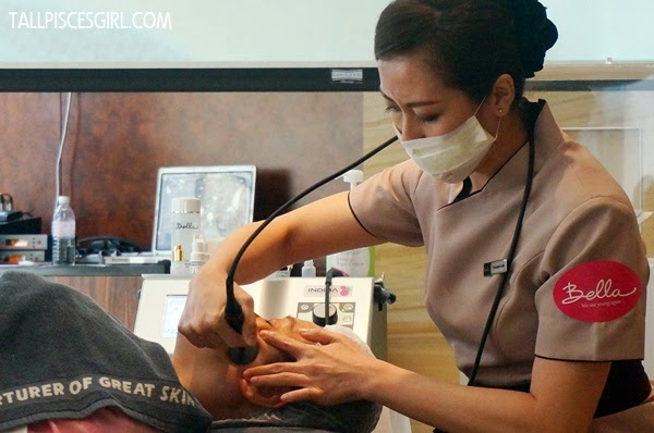All it needed is just 15 minutes of Indiba treatment on each side of face