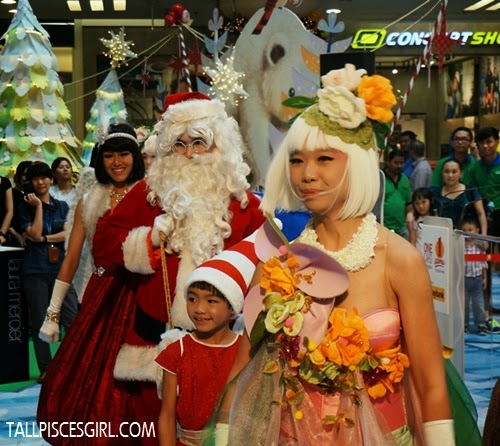Christmas performance @ 1 Utama