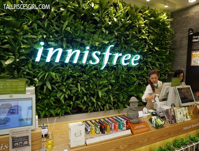 innisfree store at Sunway Pyramid was not only created to relax and nurture, but also mimic the 5 sensory experiences found in Jeju House