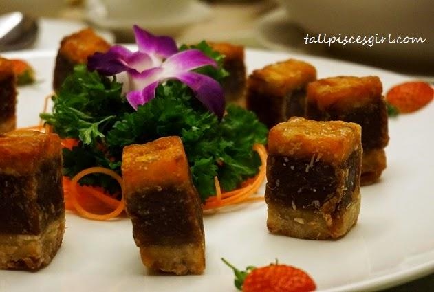 Fried Traditional Nian Gao with Yam and Sweet Potatoes (芋头红薯炸年糕)