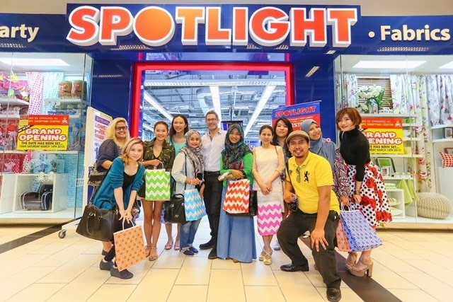 Spotlight Bloggers - Exclusive Preview: New Spotlight Shines @ IPC Shopping Centre