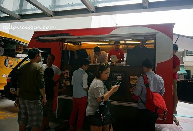 Wheeloaf Food Truck