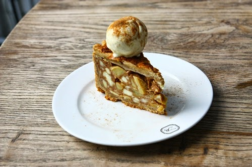 Acme Bar & Coffee - Apple Cinnamon Pie