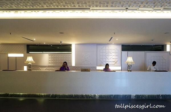 Estadia by Hatten - Hotel Lobby