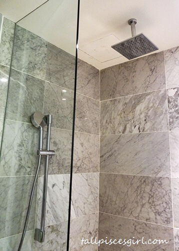 Estadia by Hatten - Hand shower & Rain shower