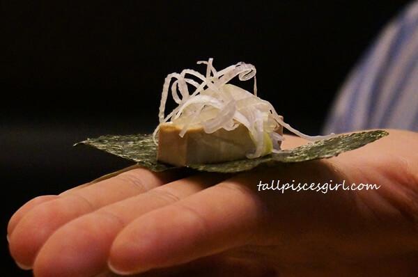 IPPUDO - How to Eat Marinated Cream Cheese with Crispy Seaweed