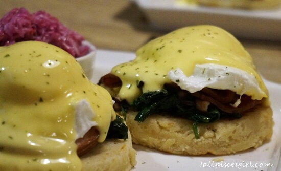A closer view of Slappy Benedict