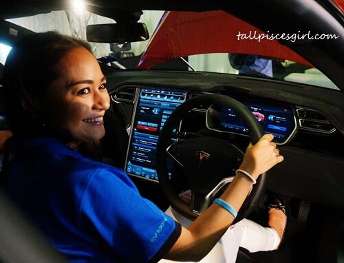 Maya Karin, GreenTech Malaysia ambassador also tried Tesla Model S 85