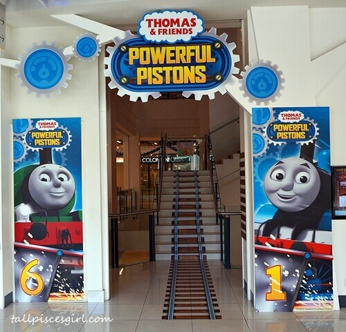 Thomas & Friends: Powerful Pistons railway tracks
