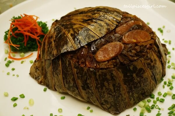 Zuan Yuan Chinese New Year Set 2016 - Steamed Rice with Yam, Preserved Assorted Meat and Chicken Sausages in Lotus Leaves