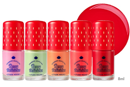 Etude House Berry Delicious Strawberry Souffle Nail