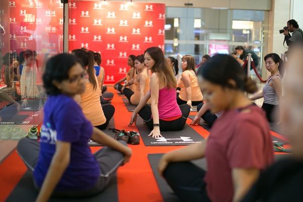 tallpiscesgirl X Yoga on International Women's Day 2016