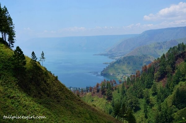Magnificent view of Lake Toba on the way down