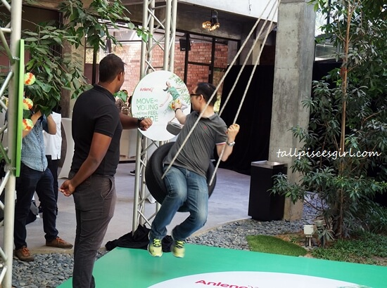 Isaac Tan's attempt in tyre swing. He succeeded! Did he drank Anlene MoveMax?