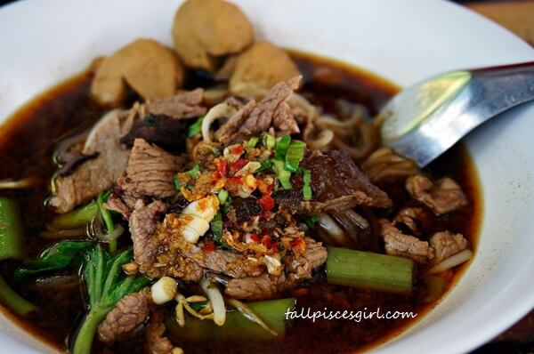 Boat Noodle Soup with Beef @ Ao Nang Boat Noodle (Price: 50 baht)