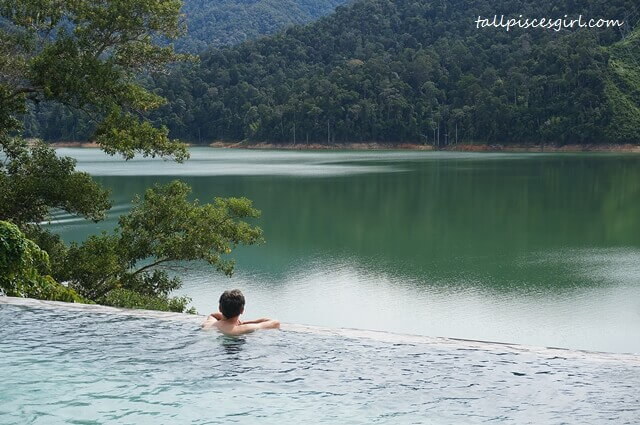 Belum Rainforest Resort Infinity Pool overlooking the breathtaking Temenggor Lake