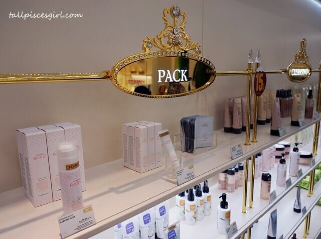 Classic yet classy - Gold details @ THE FACE SHOP, Pavilion KL
